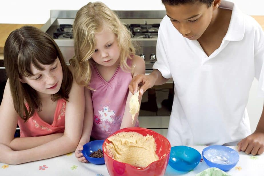 Children working together on a baking project